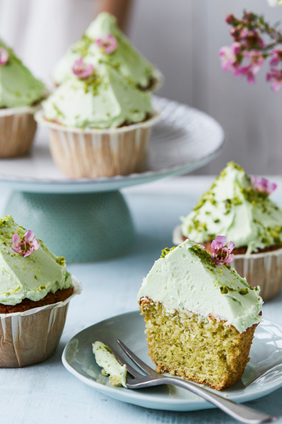 Pistaciecupcakes med limetopping